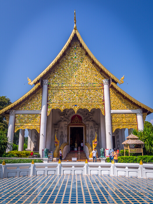 golden temples of chiang mai